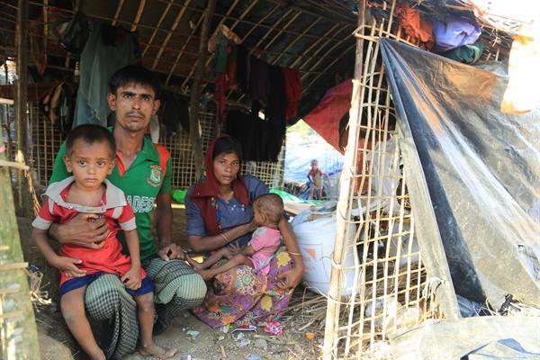 World Vision unterstützt die geflüchteten Menschen unter anderem mit Nahrungsmittelhilfe